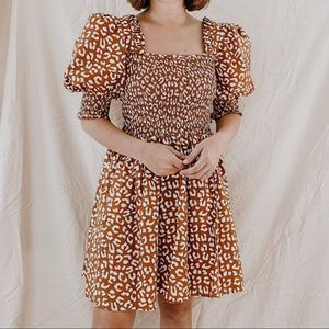 1. STATE   NWT Rust Leopard Print Smock Bodice Square Neck Puff Sleeve Dress S